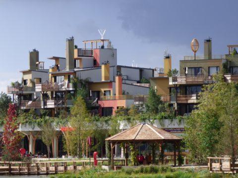 eolienne centre hotelier pierre et vacances